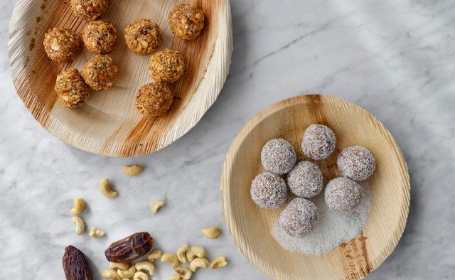Des energy balls aux dattes et noix de coco